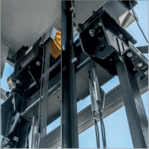 SELE SNG Commercial lift